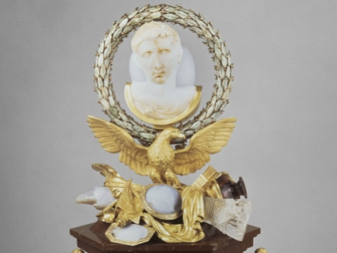 《浮雕奧古斯都像》