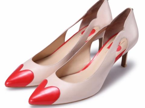 Pretty Love系列心形高跟鞋 HK$898