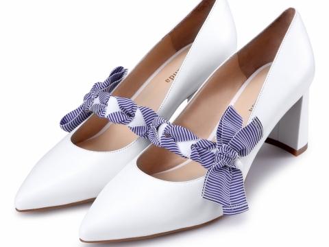 白色蝴蝶結高跟鞋 HK$798