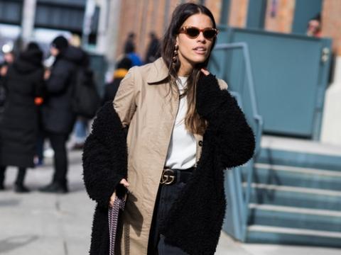 雙層外套已成為近幾季的保暖打扮,怕焗可選質料輕薄的款式。