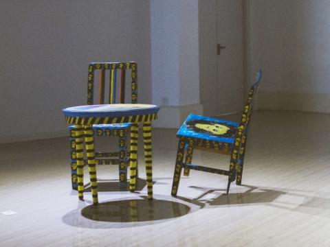 喬萬華《一個塗鴉者傢俱》