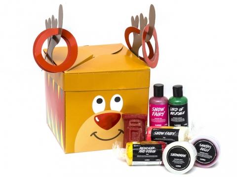 Reindeer Games調皮小鹿禮盒包括馴鹿及雪天使泡泡皂、雪人及聖誕小胖沐浴啫喱、郵筒香氛皂、雪天使沐浴露及狂野森林沐浴乳。$700