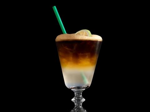 冰搖椰子水特濃咖啡 (中: $36 / 大: $40 / 特大: $44)