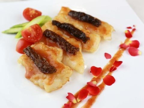 意大利乾蕃茄醬炒黑鱈魚
