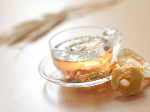 自選有機花果茶(11月24日- 11月28日) 挑選你鍾情的花茶品種,搭配不同口味的果乾調配有機花果茶。