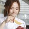 Fiona Keung 8 1/2 Otto e Mezzo Bombana Chef de partie(主要負責甜品) 地址:中環德輔道中5-17號歷山大廈2樓202號舖