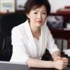 作為擁有20多年中國環境專家職業生涯的專業人士, 她始終堅持將經濟與低碳綠色結合,希望地球可以走向更好。
