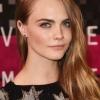 Emma Watson 與 Kristen Stewart 的中性風格大對決