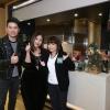 (左起) 美心集團嘅品牌及餐飲概念總監David Leung, 蛇王芬第四代主理人吳煋姿(Gigi), 阮小儀